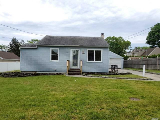 258 15th St, W. Babylon, NY 11704 (MLS #3131856) :: Netter Real Estate