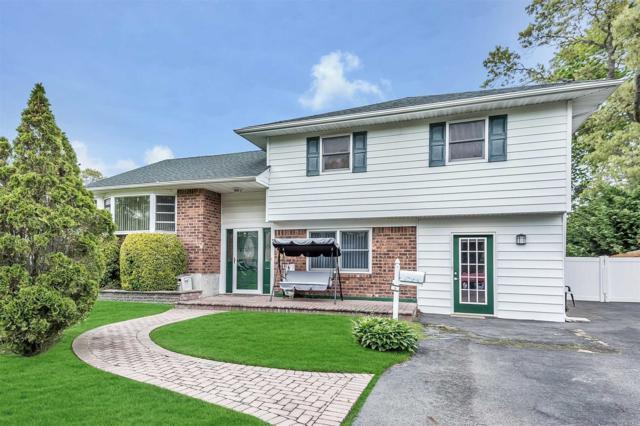 3 Cynthia Ln, East Islip, NY 11730 (MLS #3132036) :: Netter Real Estate