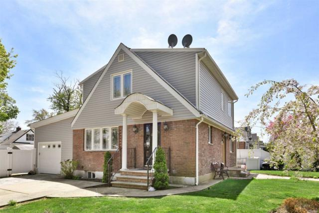267-18 77th Ave, New Hyde Park, NY 11040 (MLS #3132188) :: Signature Premier Properties