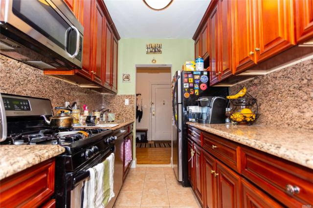 35-27 81 St 3G, Jackson Heights, NY 11372 (MLS #3132628) :: Shares of New York