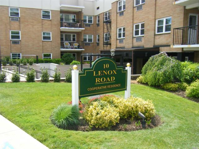 10 Lenox Rd 3 D, Rockville Centre, NY 11570 (MLS #3133850) :: Shares of New York