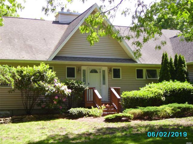 8 Tramposch Ln, Hampton Bays, NY 11946 (MLS #3134965) :: Signature Premier Properties