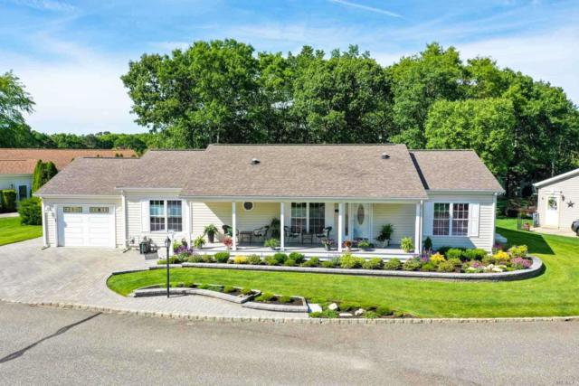 1407-247 Middle Rd, Calverton, NY 11933 (MLS #3136012) :: Netter Real Estate