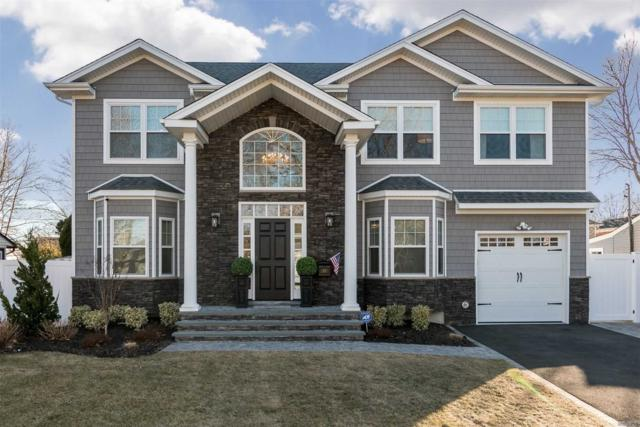 11 Willets Dr, Syosset, NY 11791 (MLS #3136263) :: Signature Premier Properties