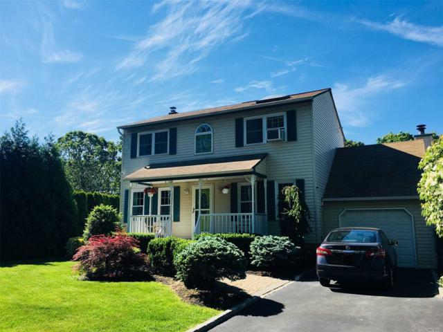 32 Carlin Dr, Mastic, NY 11950 (MLS #3136683) :: Netter Real Estate