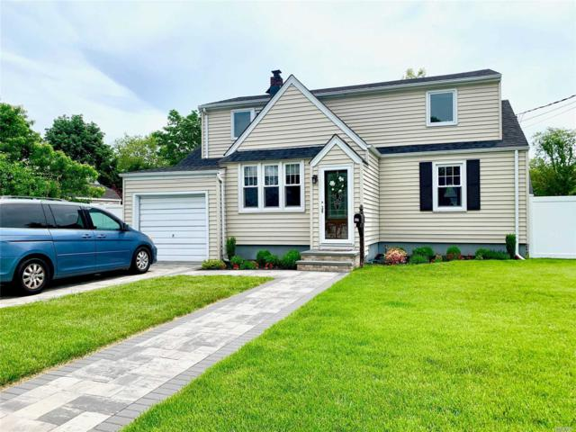 11 Anchor Ct, W. Babylon, NY 11704 (MLS #3137666) :: Shares of New York