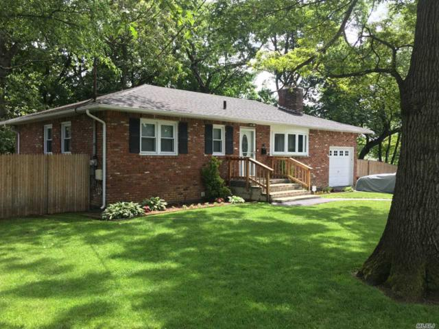 44 8th Ave, Huntington Sta, NY 11746 (MLS #3137915) :: Signature Premier Properties