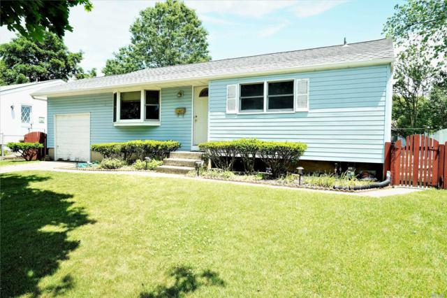 28 Calvert Ave, Commack, NY 11725 (MLS #3138090) :: Signature Premier Properties