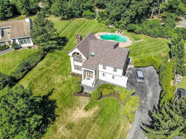 4 Bridle Ct, Northport, NY 11768 (MLS #3138848) :: Signature Premier Properties