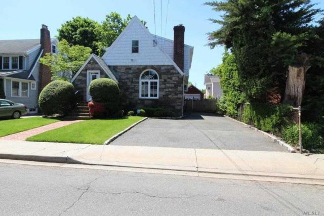 47 Raymond Pl, Woodmere, NY 11598 (MLS #3138864) :: Shares of New York