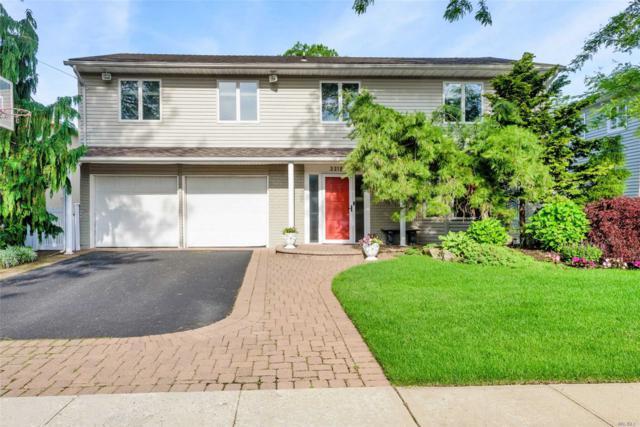 3318 Robbin Ln, Merrick, NY 11566 (MLS #3139057) :: Signature Premier Properties