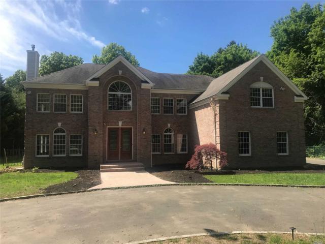 318 Syosset Woodbury Rd, Woodbury, NY 11797 (MLS #3139339) :: Signature Premier Properties