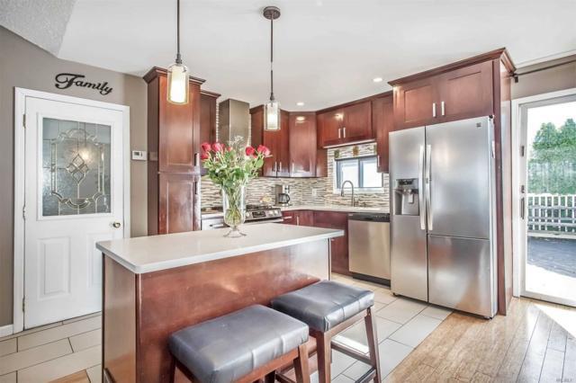21 Peachtree Ln, Hicksville, NY 11801 (MLS #3139358) :: Signature Premier Properties
