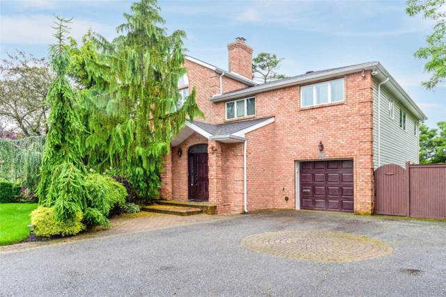 2064 Oliver Way, Merrick, NY 11566 (MLS #3139933) :: Netter Real Estate