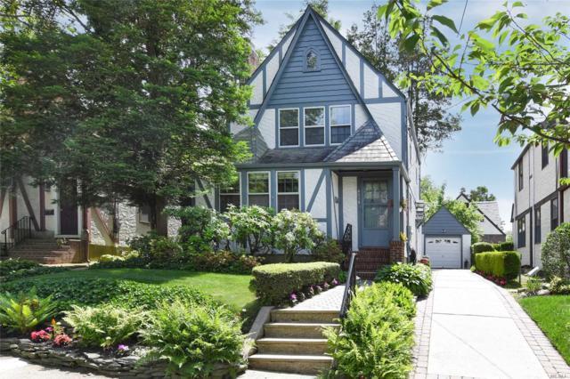 46-14 Iris Ln, Great Neck, NY 11020 (MLS #3140205) :: Netter Real Estate