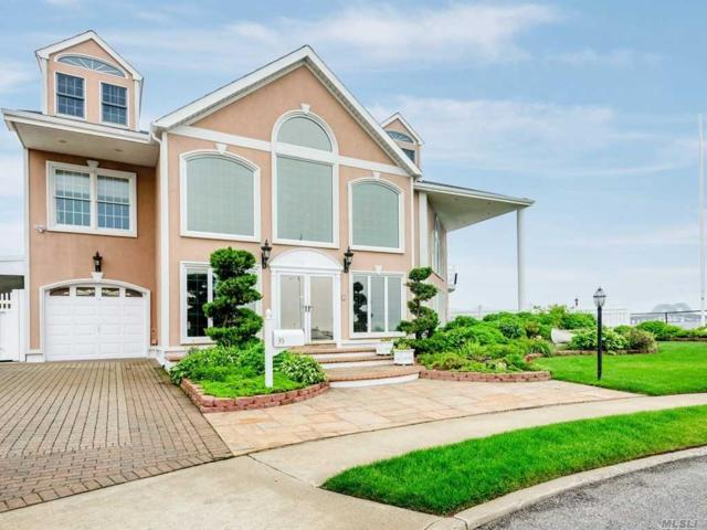35 Piper Ct, West Islip, NY 11795 (MLS #3140302) :: Netter Real Estate