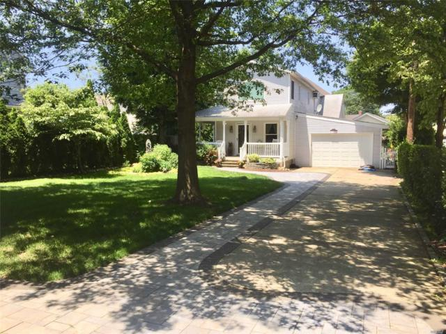 117 Macgregor Ave, Roslyn Heights, NY 11577 (MLS #3141208) :: HergGroup New York