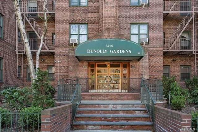 78 10 34 Ave, Jackson Heights, NY 11372 (MLS #3141952) :: Shares of New York