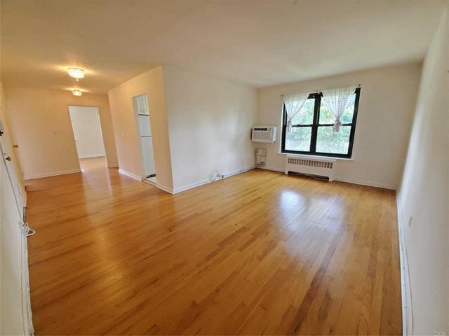 2 Terrace Cir 3C, Great Neck, NY 11021 (MLS #3143623) :: Shares of New York