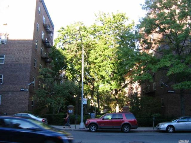 44-55 Kissena Blvd 2B, Flushing, NY 11355 (MLS #3145905) :: Shares of New York
