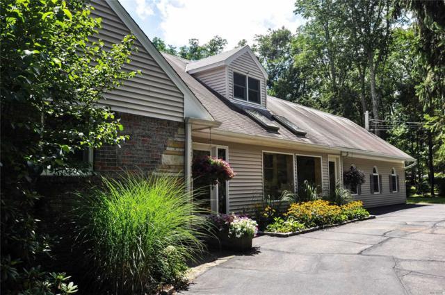 4 Stillwell Ln, Woodbury, NY 11797 (MLS #3146965) :: Signature Premier Properties