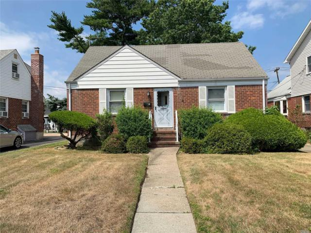 6 Mead Ave, Hicksville, NY 11801 (MLS #3147005) :: Signature Premier Properties