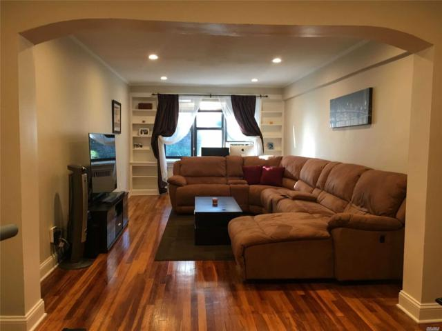 2 Townhouse 1K, Great Neck, NY 11021 (MLS #3147157) :: Shares of New York