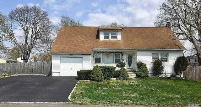 112 12th Ave, W. Babylon, NY 11704 (MLS #3147715) :: Netter Real Estate
