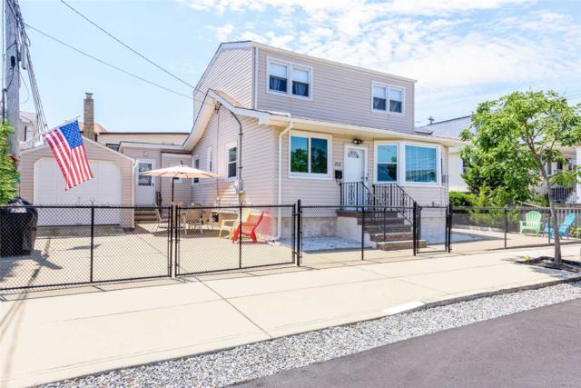 722 W Walnut St, Long Beach, NY 11561 (MLS #3148096) :: Netter Real Estate