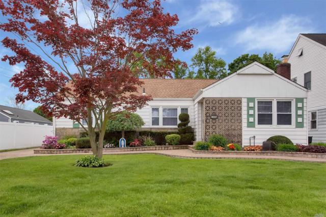 1340 Jerusalem Ave, Merrick, NY 11566 (MLS #3148143) :: Signature Premier Properties