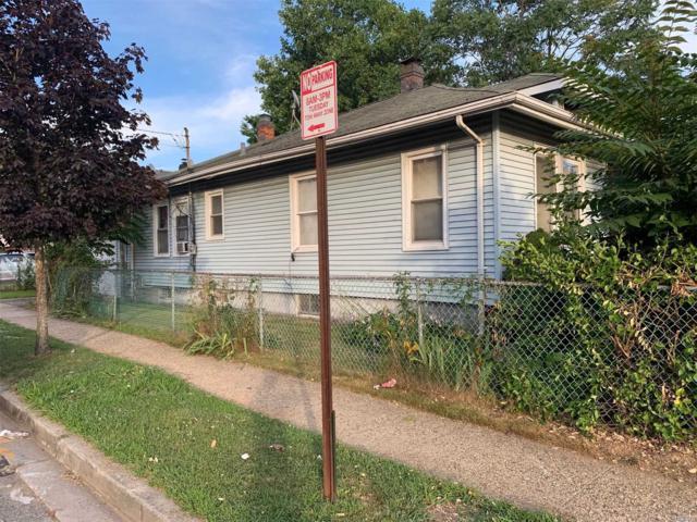 10 Blemton Pl, Hempstead, NY 11550 (MLS #3148187) :: Netter Real Estate