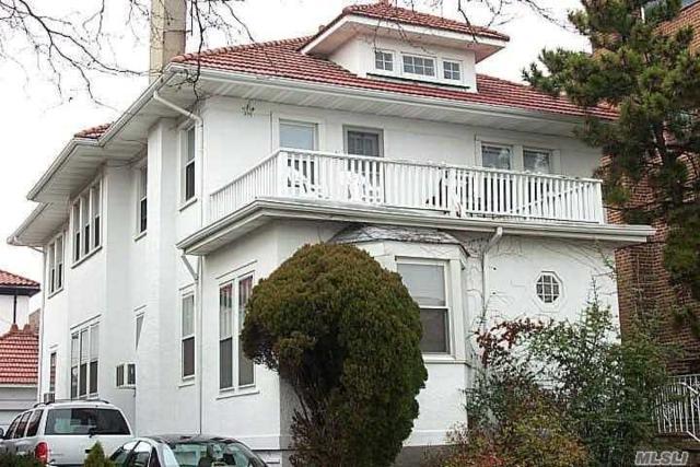 307 National Blvd, Long Beach, NY 11561 (MLS #3148406) :: Netter Real Estate