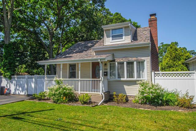 1366 Pine Acres Blvd, Bay Shore, NY 11706 (MLS #3149809) :: Netter Real Estate