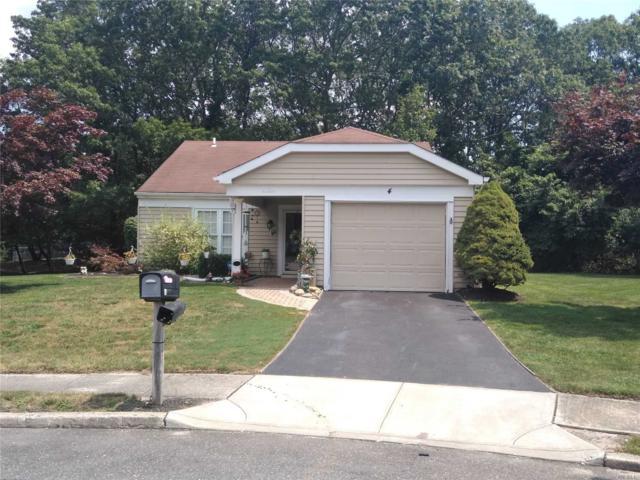 Ridge, NY 11961 :: Keller Williams Points North