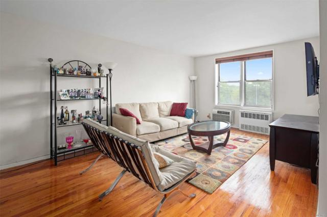 67-50 Thornton Place 5B, Forest Hills, NY 11375 (MLS #3153233) :: Shares of New York