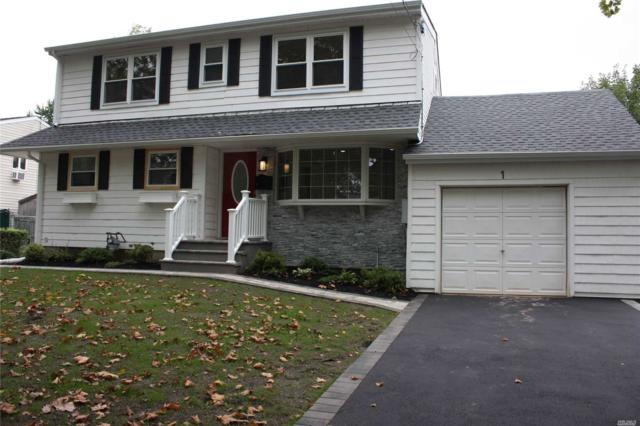 1 Lori Ct, Northport, NY 11768 (MLS #3156105) :: Signature Premier Properties