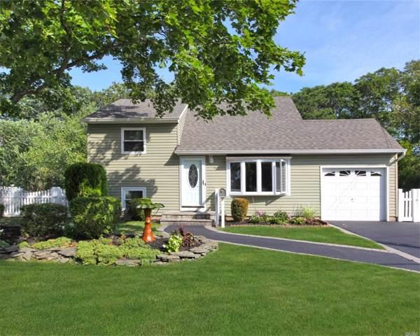 42 Sherwood Dr, East Islip, NY 11730 (MLS #3163933) :: Netter Real Estate