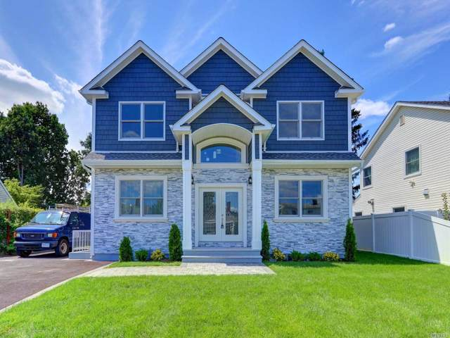 36 Cloister Ln, Hicksville, NY 11801 (MLS #3163988) :: Signature Premier Properties