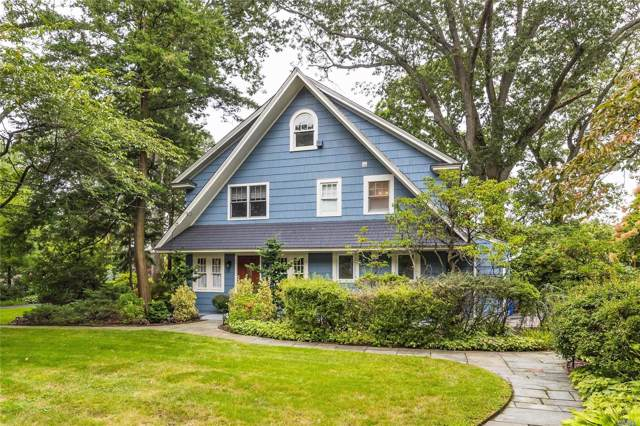 136 Broadway, Rockville Centre, NY 11570 (MLS #3164147) :: Signature Premier Properties