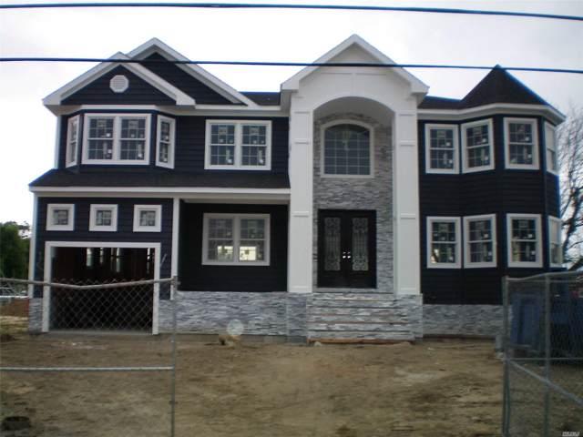 101 W Sequams Ln, West Islip, NY 11795 (MLS #3164241) :: Netter Real Estate