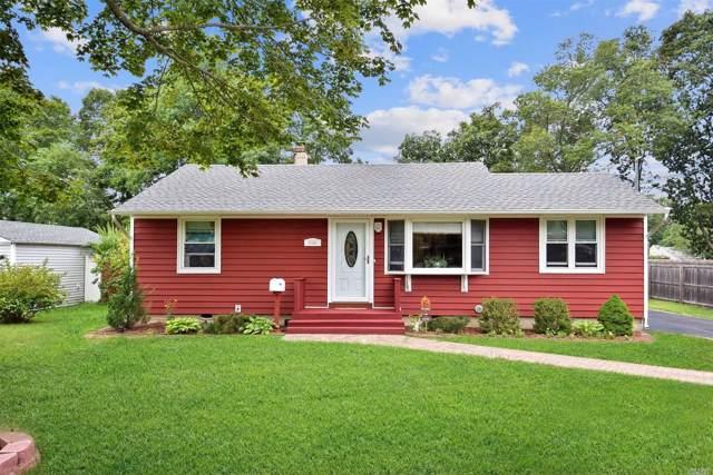 126 Meroke Ln, East Islip, NY 11730 (MLS #3164570) :: Netter Real Estate