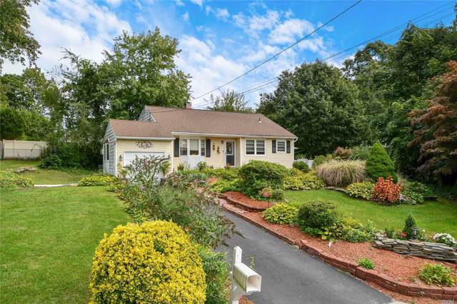1 Grand St, Smithtown, NY 11787 (MLS #3165124) :: Keller Williams Points North