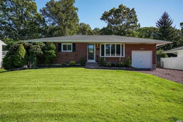 15 August Crescent, Commack, NY 11725 (MLS #3165391) :: Keller Williams Points North