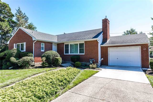 47 Cambria Rd, Syosset, NY 11791 (MLS #3165845) :: Netter Real Estate