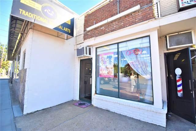 82 Broadway, Greenlawn, NY 11740 (MLS #3166108) :: Netter Real Estate