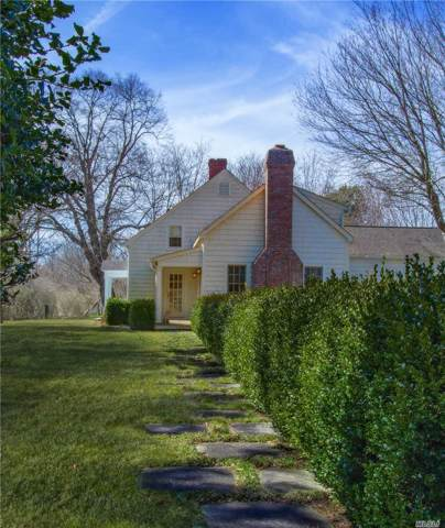 96 S Country Rd, Remsenburg, NY 11960 (MLS #3166592) :: Netter Real Estate