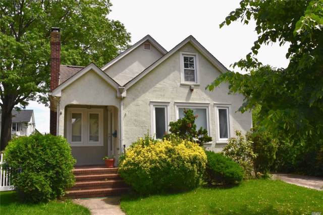 105 Geranium Ave, Floral Park, NY 11001 (MLS #3168266) :: Shares of New York
