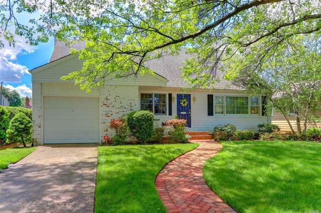 210 Brompton Rd, Garden City, NY 11530 (MLS #3169248) :: Kevin Kalyan Realty, Inc.