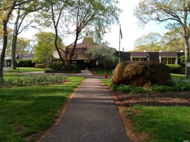 343 Woodland Ct, Coram, NY 11727 (MLS #3169641) :: Keller Williams Points North