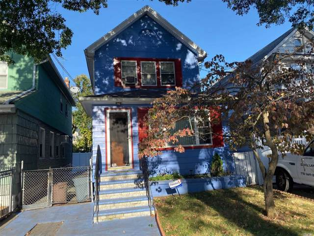 90-29 209th St, Queens Village, NY 11428 (MLS #3170728) :: Kevin Kalyan Realty, Inc.